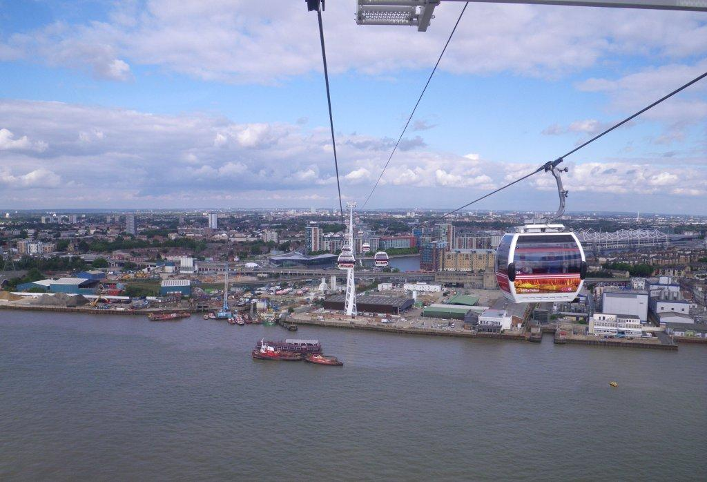 Emirates cable car and Richmond Park