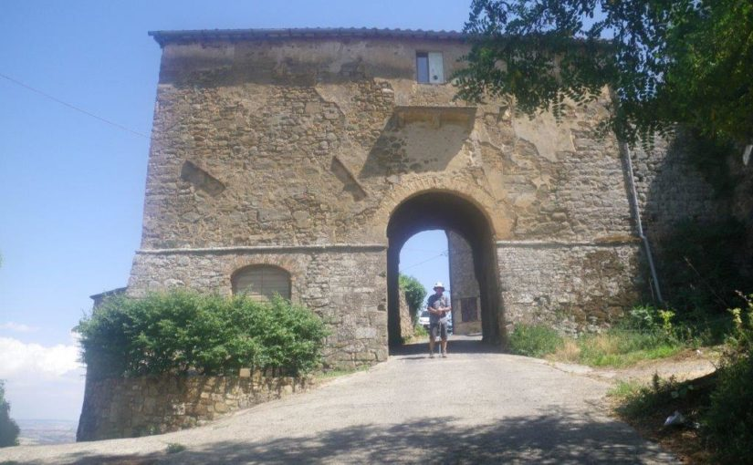 Buonconvento to Montalcino